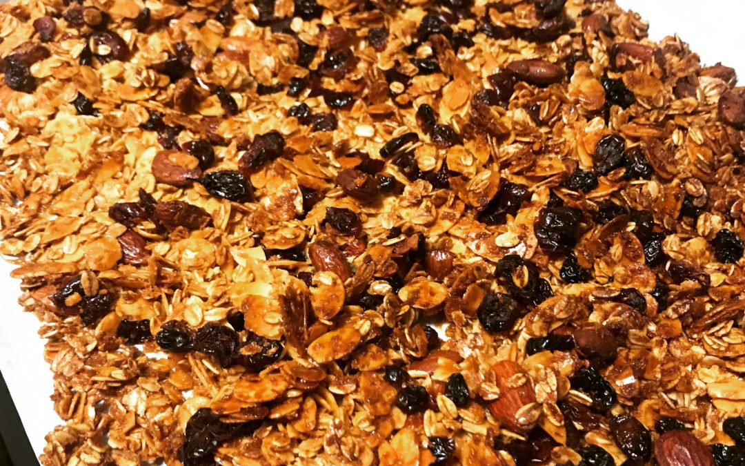 Cranberries and Almond Granola (Baked)